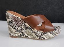 حذاء نسائي كعب عالي جديد  ماركة ميلانو