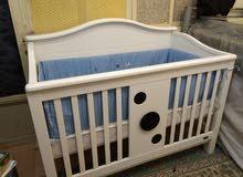 سرير/تخت اطفال