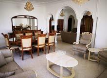 شقة سوبر ديلوكس  مساحة 225 م² - في منطقة امـ  اذينة للايجار