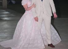 فستان خطوبه من دبي استعمل مره واحده فري سايز يلبس لحد 80ك و الطول 165 سم