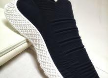 حذاء استريتش رجالي جميل جدا وجديد اللون الاسود بسعر ممتاز وجودة عالية