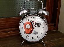 ساعة ميكانيكية (كوردة) جميلة و تعمل جيدا