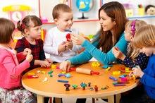 استقبال اطفال فترة صباحية و  مساءية مع الرعاية و النظافة و الاهتمام التااااام
