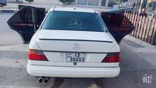 Used condition Mercedes Benz E 230 1989 with 0 km mileage