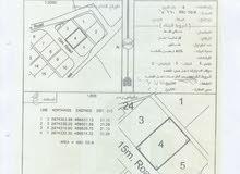 أرض سكنية بولاية صحم بموقع متميز وبسعر مغري مباشر من المالك