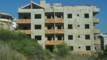بناء دولوكس قيد الإنشاء للبيع مؤلف من 6 طوابق و في مرحلة متقدمة