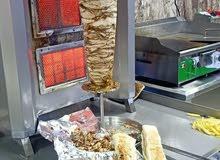 مطعم الطازج يقدم البتزا والشاورما بأسعار مناسبة للجميع تذوق من الفطاير الشاميه م