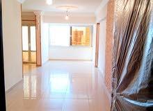 من المالك المباشر / للبيع شقة 120 م - 3 غرف - 2 حمام - بسيدى جابر