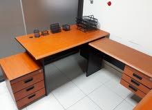 فرصة جيدة للشركات - للبيع أثاث مكتبي بحالة ممتازة