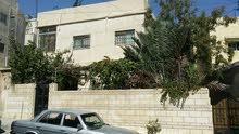 بيت مستقل مكون من طابقين دوبليكس بحاله جيده للبيع في جبل الحسين