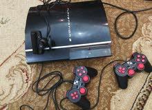 بلاستيشن 3 داخله هاردسك محمل عليه حوالي 40 لعبة وكاميرا أصلية للألعاب الحركية