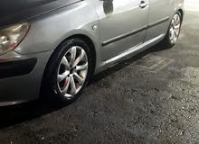 Grey Peugeot 307 2005 for rent