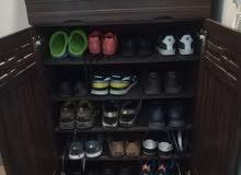 خزانة أحذية كالجديدة