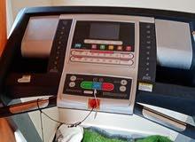 سير كهربائي مواصفات انجليزية يحمل حتى وزن 135 كجم فيه عطل