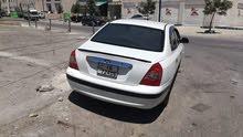 الينترا موديل 2004 لون ابيض للبيع