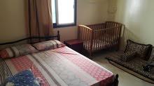 شقة مفروشة غرفة وصالة سكن نظيف وهادئ. مساحة واسعة مطبخ كبير ، حمام كبير ،بها بلك