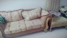 للبيع بسعر مغري 90دينار 9مقاعد خشب سويد للاستفسار 0797409462