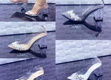حذاء سندريلا كعب شفاف