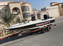 بيعه مستعجله للبيع قارب امريكي نزهه محرك 200