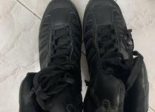 حذاء جديد غير مستخدم مقاس 44 للبيع