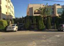 4 Bedrooms rooms  Villa for sale in Amman city Khalda