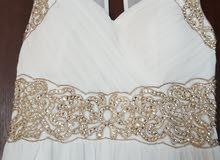فستان سهرة أبيض