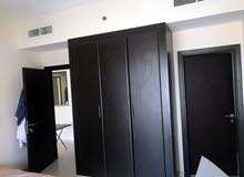 متوفر غرفة مستر او مشاركة في غرفة وصالة