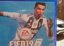 FIFA 19 (العربيه) شبه جديده استعمال اسبوع بالكود