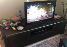 طاوله تليفزيون مع 3 طاولات وسط و صفير