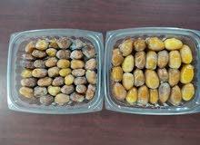 متوفر لدينا  تمر  مكبوس و رطب  مبرد (برحي و إخلاص) من إنتاج مزرعتنا في الوفرة