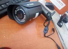 كاميرات مراقبة 800 و 700 تي في ال فيها ميزة تقديم و تبعيد العدسة و اضاءة ليلية