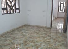 بيت للبيع في حي الجهاد 100م بناء حديث طابقين قريب عالمدرسه والسوق