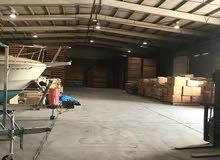 لايجار مخزن 2500 متر مرخص مكيف العارضيه الصناعيه يصلح جميع الأنشطة التخزينية وال