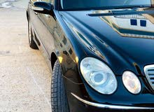 مرسيدس باشا E200كمبروسر سيارة نظيفة