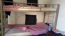 سرير دورين بحالة ممتازه بالمراتب بحاله جيده للبيع