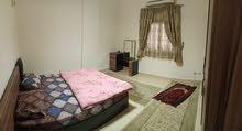 التجمع الخامس الحي الثالث المنطقة السادسة شقة داخل ڤيلا ثاني بلكونة مكيفة غاز طبيعي إنترنت