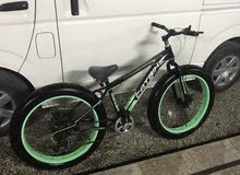 دراجة جبلية نظيف جدا قليل الاستعمال