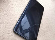 Samsung Galaxy s8 نقال نزيف فيه كسر مش مأتر في حساس اموره طيبة