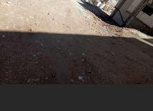 ارض سكنيه للبيع حي جعفر الطيار بالقرب من عمارات الأيتام