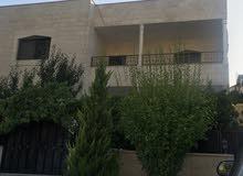بيت طابقين في منطقة السرو