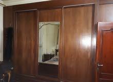 نشتري اثاث مستعمل وكهربائيات وغرف نوم ومكاتب وجميع انواع الأثاث