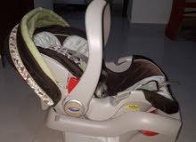 كرسي سياره للاطفال ممتاز ماركة مشهمرة  سعره جديد 235 ريال