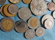 39 قطعة نقدية قديمة عربية وأوروبية