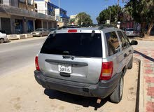 Used condition Jeep Grand Cherokee 2004 with 10,000 - 19,999 km mileage