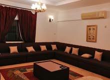 بيت للإيجار مفروش بكامل في الرفاع الحجيات يتكون من  4 غرف نوم كبار  2مطابخ  1صال
