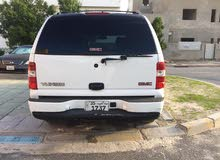 GMC Yukon 2002 For sale - White color