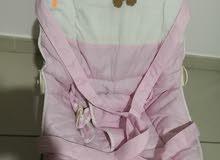 كرسي اطفال استعمال بسيط بحالة ممتازه