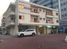 للبيع بناية بموقع مميز جدا على شارعين مقابل ممشى عجمان