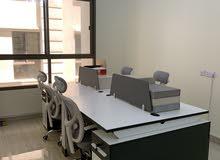 طاولة مكتبية للبيع