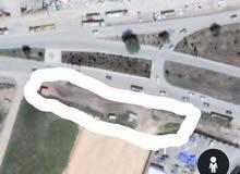 قطعة ارض للبيع فادخلة تع سمارة علي طريق مباشرة